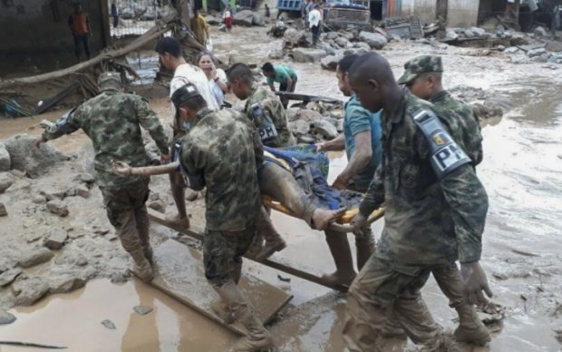 Оползень в Колумбии убил свыше 250 человек