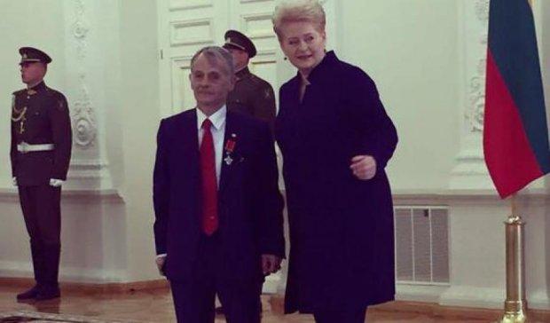 Президент Литви зробила Джемілєва лицарем