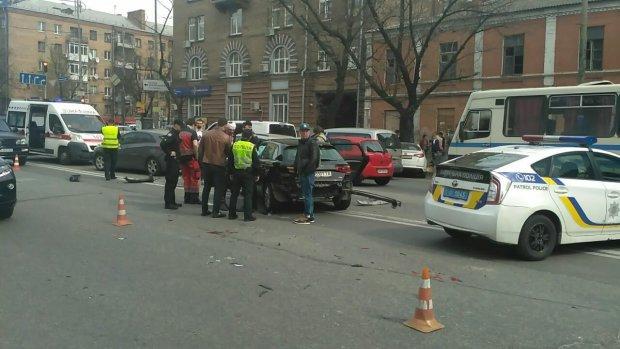 Скандальный депутат разбился в центре Киева: фото и подробности