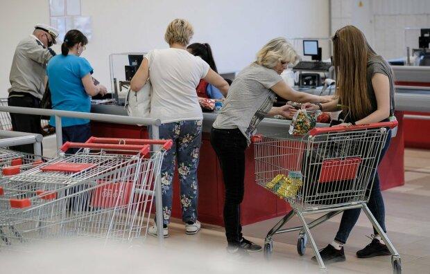 Тримайтесь подалі від цих продуктів: лафхак, який збере ваші гроші та здоров'я