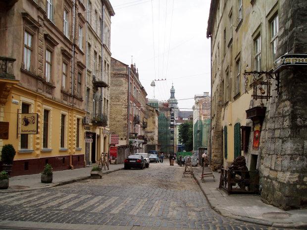 Моторошне вбивство у Львові: сусіди самі пустили смерть на поріг