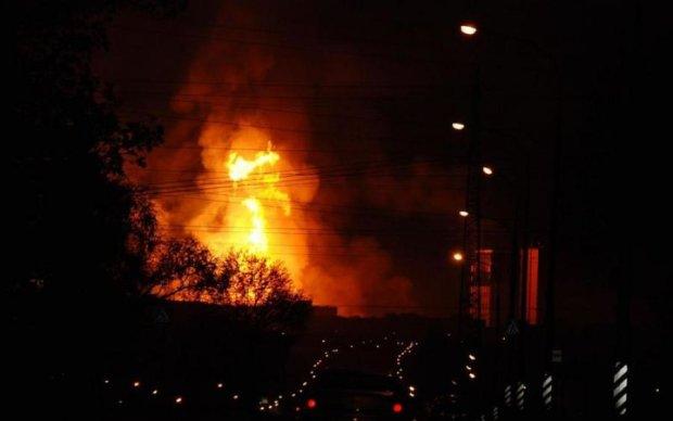 Біля будівлі парламенту прогримів вибух, є жертви