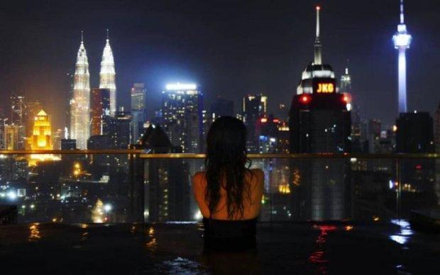 Нехватка времени и отдыха: как мегаполис делает нас счастливыми