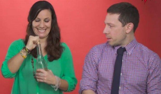 Як іноземці розпивали самогон (відео)