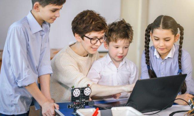 Раннє програмування: міфи і реальність про те, чому, для чого і з якою метою дітей необхідно навчати цифрової грамотності