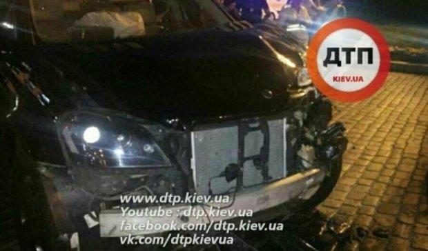 Mercedes протаранив Lanos та вбив пасажирку