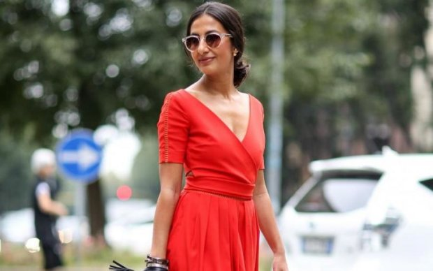 Не отставайте от моды: трендовые платья этой весны
