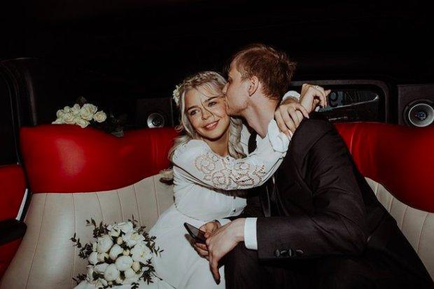 """Гросу показала интимные фото со свадьбы, таких вы еще не видели: """"Шикарные, слов нет"""""""