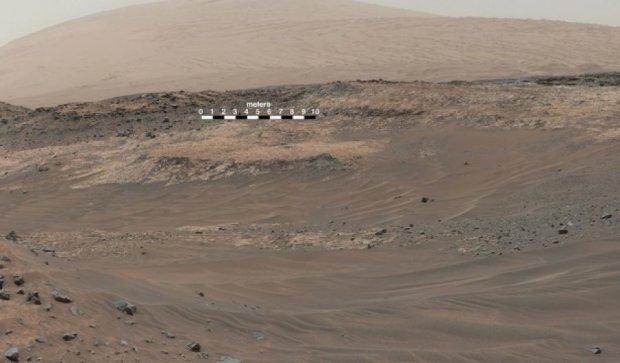 На Марсі знайшли сліди озера, придатного для існування життя