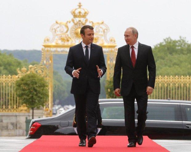 """Макрон заставил Путина соблюдать минские соглашения на полях """"Большой двадцатки"""""""