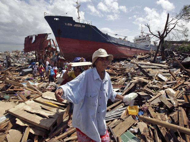 Число жертв безжальної стихії перевалило за сотню: люди в паніці намагаються врятуватися