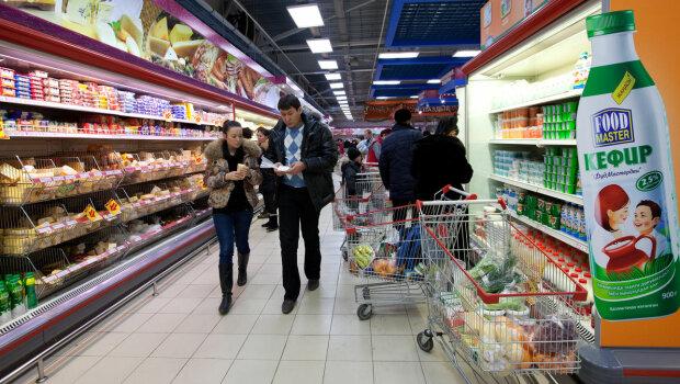Украинцы тратят на еду целое состояние, в Европе поделились реальными ценами: цифры заставляют плакать
