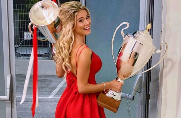 Ей подчинились Шевченко и Моуринью - горячая блондинка пленила околофутбольный мир