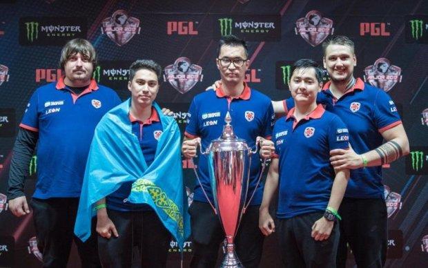 Команда украинского киберспортсмена выиграла престижный турнир по CS:GO