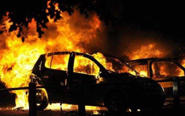 Мистический огонь: в Киеве нечто паранормальное спровоцировало пожар