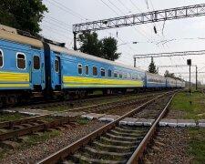 Поїзд, ілюстративне фото