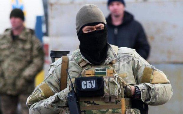 Не чекали: журналісти увірвалися в таємний ізолятор СБУ