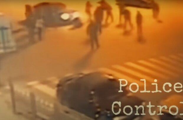 В Харькове скандальный коп угодил в пьяную драку и схватился за ствол - пришлось снять погоны