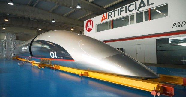 Маск открыл первый тоннель Hyperloop, будущее наступило