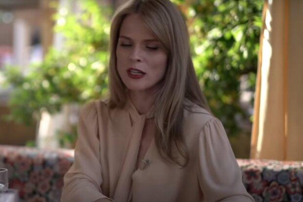 """Фреймут згадала про поневіряння до """"Ревізора"""", заробітчанка і мама-одиначка: """"Мила підлогу, вербували в повії"""""""
