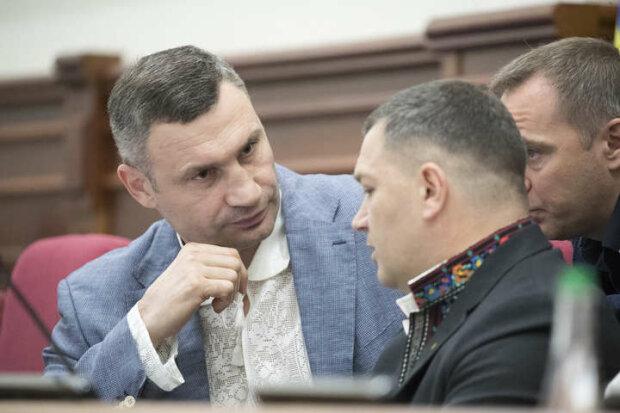 Мэр Киева Виталий Кличко на пленарном заседании - фото Главком