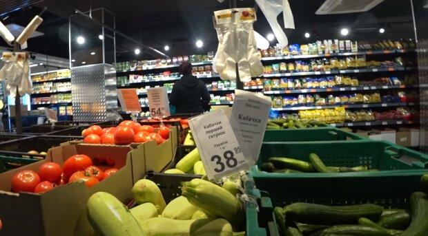 """Как супермаркеты дурят покупателей """"выгодными акциями"""" и манипуляциями с весом"""