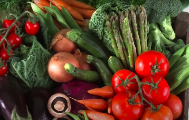 Полезные продукты питания, скриншот YouTube