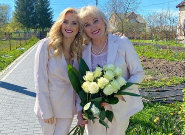 Ірина Федишин з мамою, фото з instagram