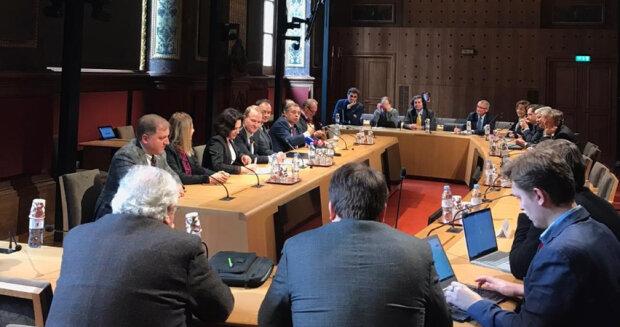 Сенатор Франції Гаро-Майлам: У цивільній комісії з безпеки НАТО активно обговорюється ситуація в Україні
