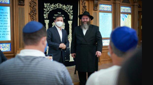 Зеленский в синагоге - фото Офис президента