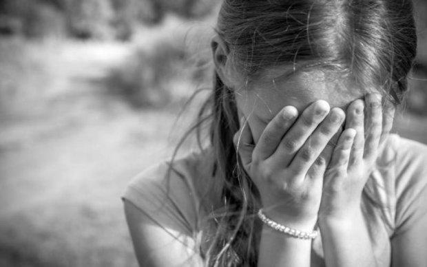 Известная пара порноактеров месяцами издевалась над ребенком, пока копы не проснулись