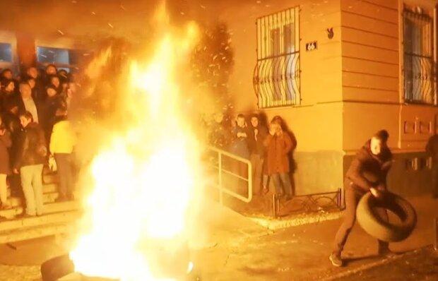 Жители Прилук выразили недоверие правоохранителям за гибель школьника