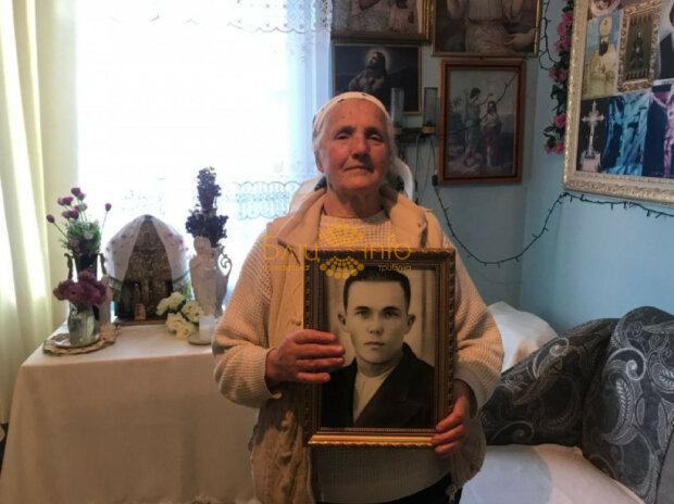 Вывели из хаты и расстреляли – прикарпатка 70 лет ищет могилу самого родного человека