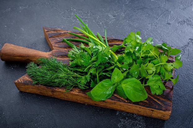 Експерти назвали найнебезпечнішу зелень: непомітно перетворюється на отруту