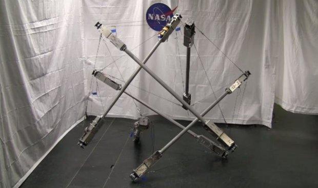 НАСА створило робота з палиць для місії на Титан