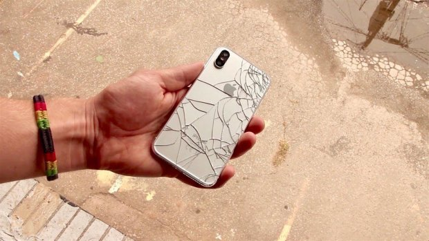 iPhone XS Max испытали на прочность: видео