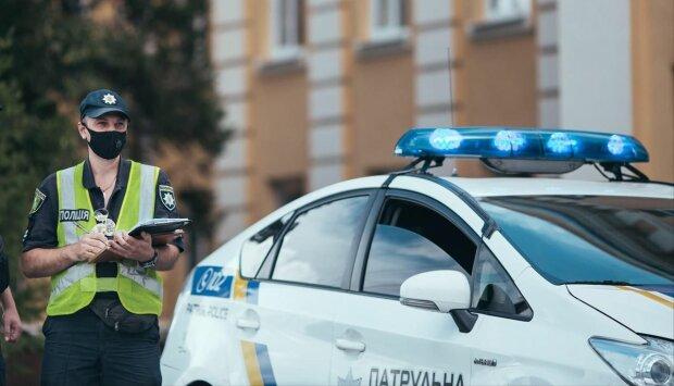"""В Киеве поймали за руку ушлую воровку, очевидцы кипят: """"Сиди, бл*ть!"""""""