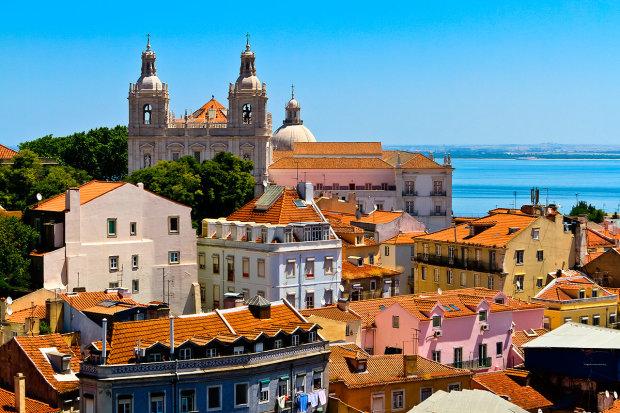 Лісабон ділиться секретами: культ морепродуктів, солодощів та напоїв