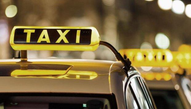 В Польше таксист на полной скорости протаранил украинца