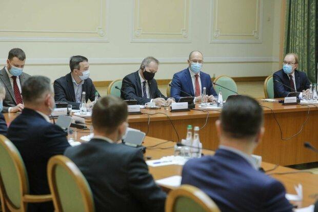 Кабмін - фото Кабінет Міністрів України