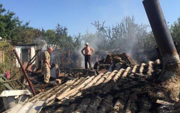 Бойовики розгромили будинки мирних жителів: фото