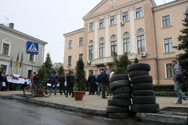 Мер Тернополя Надал спустить два мільйони на камери: як у Голівуді