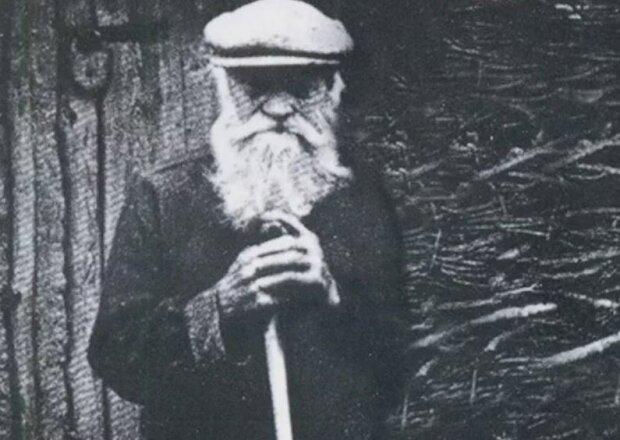 """104-річний довгожитель поділився секретами довголіття: """"Потрібно щодня…"""""""