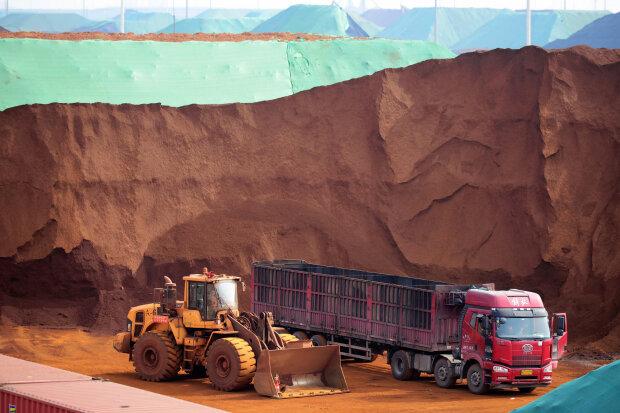 железная руда, добыча / / фото Getty Images