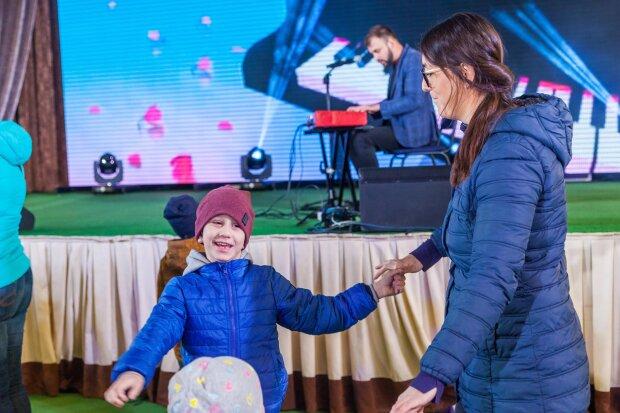 """""""Слухали, мов заворожені"""": у Києві стартував Kids Autism Music – унікальний проект для дітей з аутизмом"""