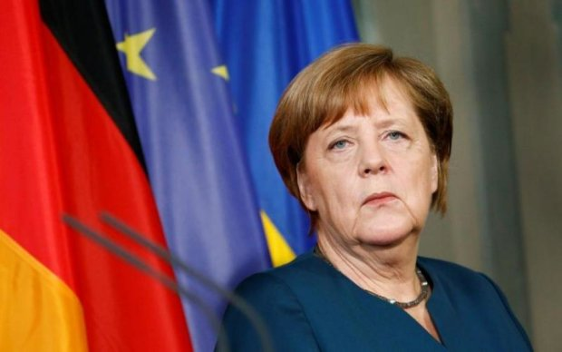 Німецька опозиція підозрює Меркель в брудній змові з РФ
