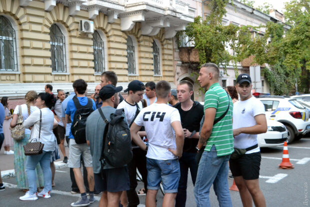 Одессу заполонили тысячи разъяренных горожан, довели до ручки: требуют лишь одно