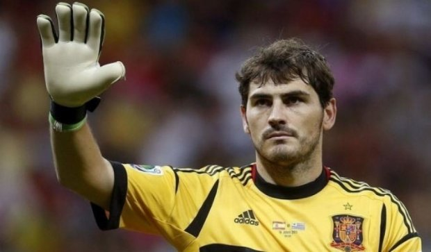 Легендарний воротар збірної Іспанії йде на пенсію
