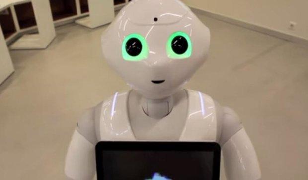 В Японії продали тисячу емоційних роботів за хвилину
