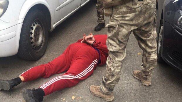 """Два года """"обчищали"""" ПриватБанк: резонансное задержание подрывников прогремело на всю Украину"""